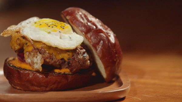 aram's burger - special recipe for competition